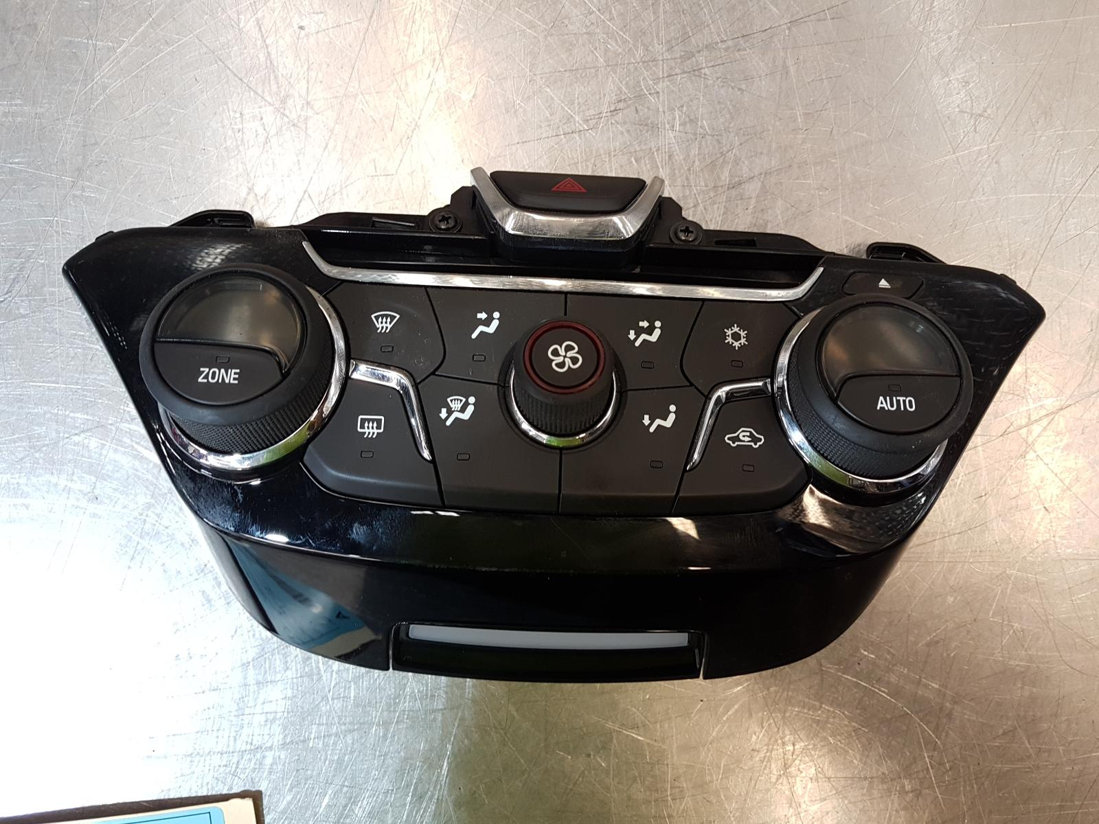 View Auto part Heater/Ac Controls Holden Commodore 2015