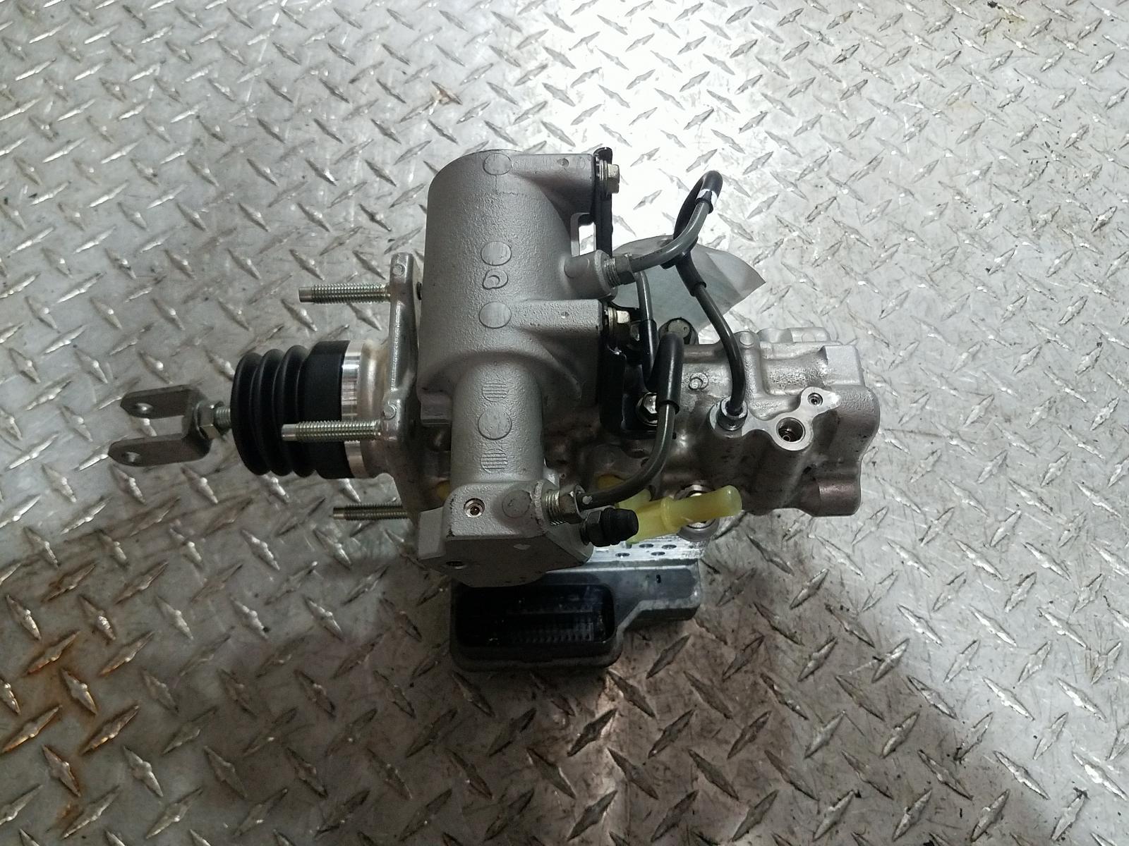 View Auto part Abs Pump/Modulator Toyota Prius 2010