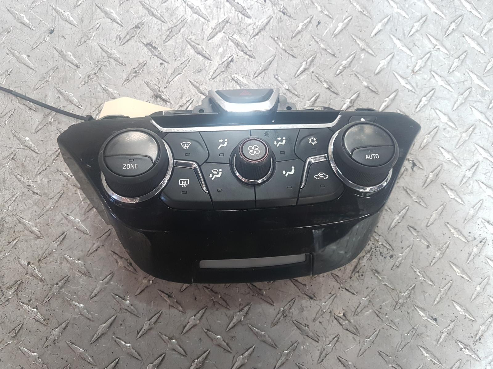 View Auto part Heater/Ac Controls Holden Commodore 2013