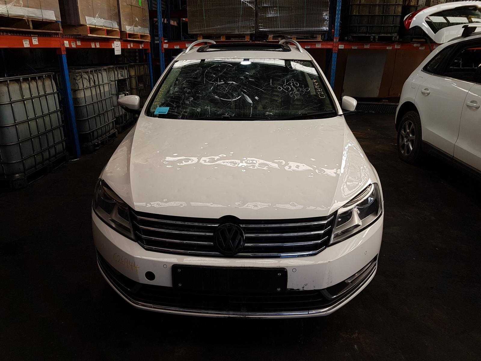 View Auto part Trans/Gearbox Volkswagen Passat 2014