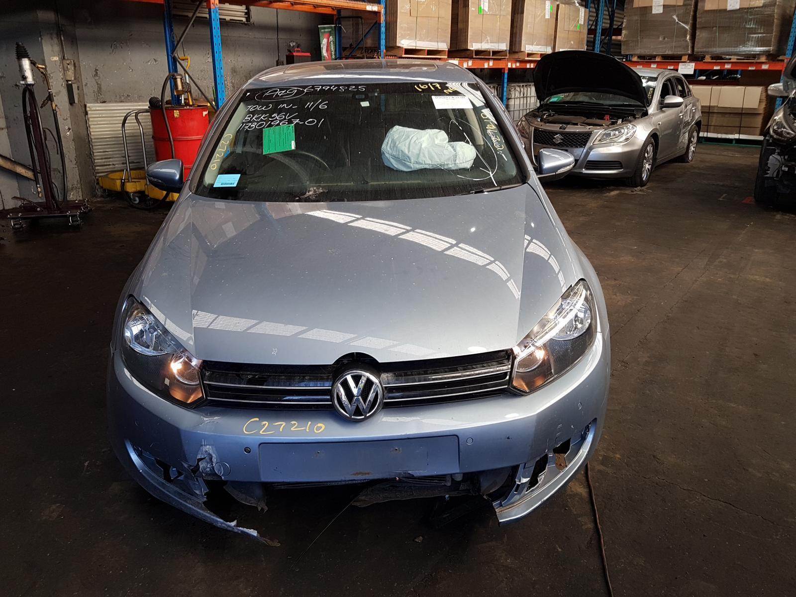 View Auto part Trans/Gearbox Volkswagen Golf 2010