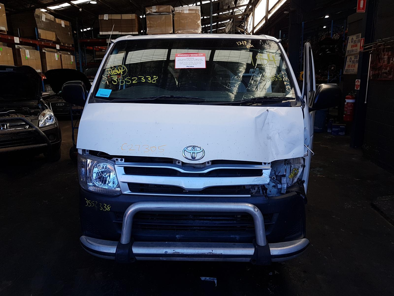 View Auto part Trans/Gearbox Toyota Hiace 2011