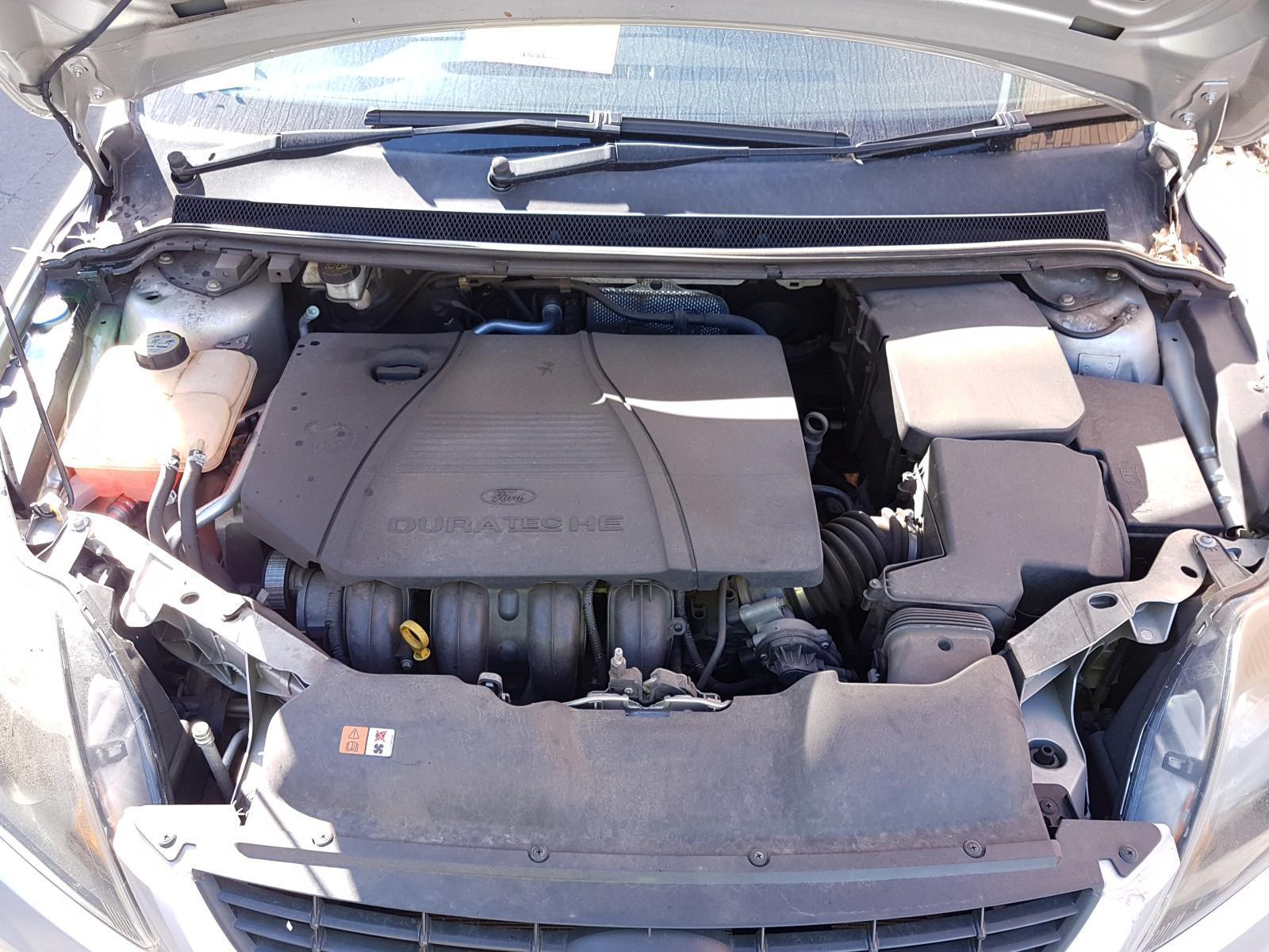 View Auto part Engine Ford Focus 2010