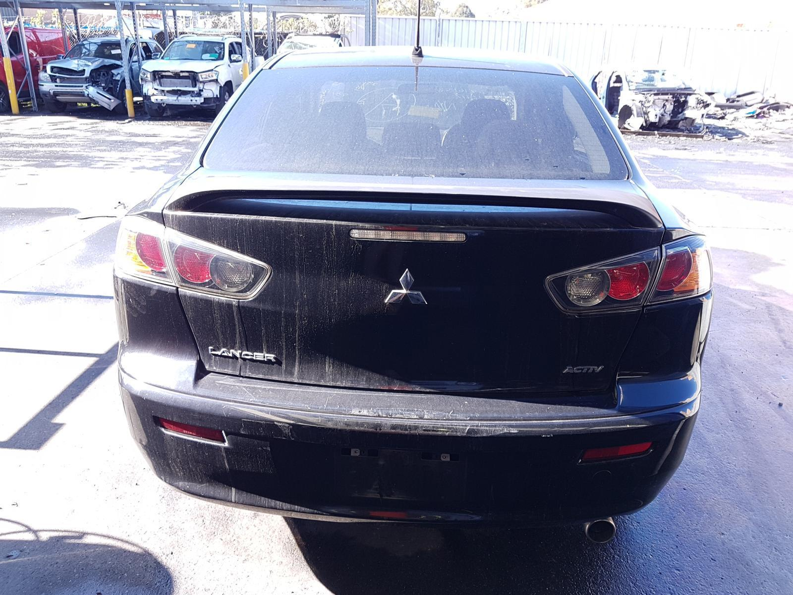 View Auto part Bootlid/Tailgate Mitsubishi Lancer 2010