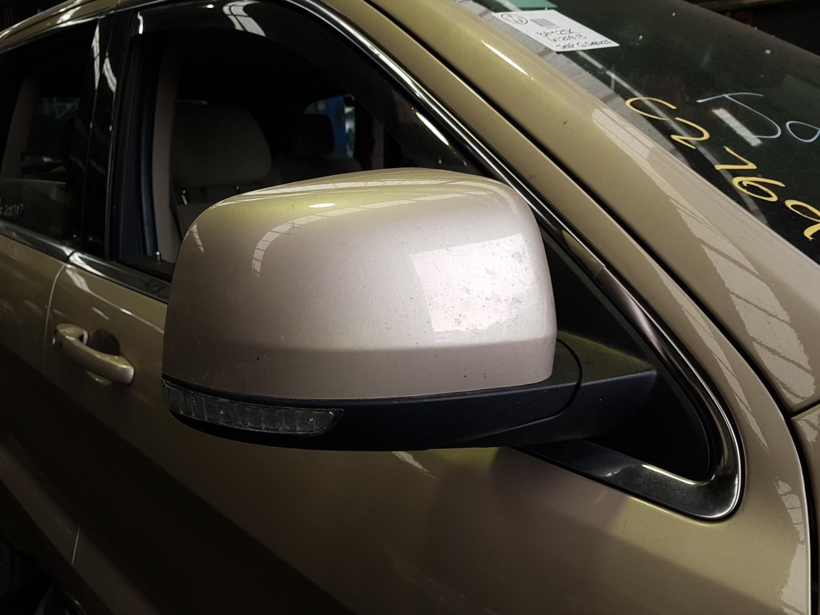 View Auto part Right Door Mirror Jeep Grandcherokee 2014