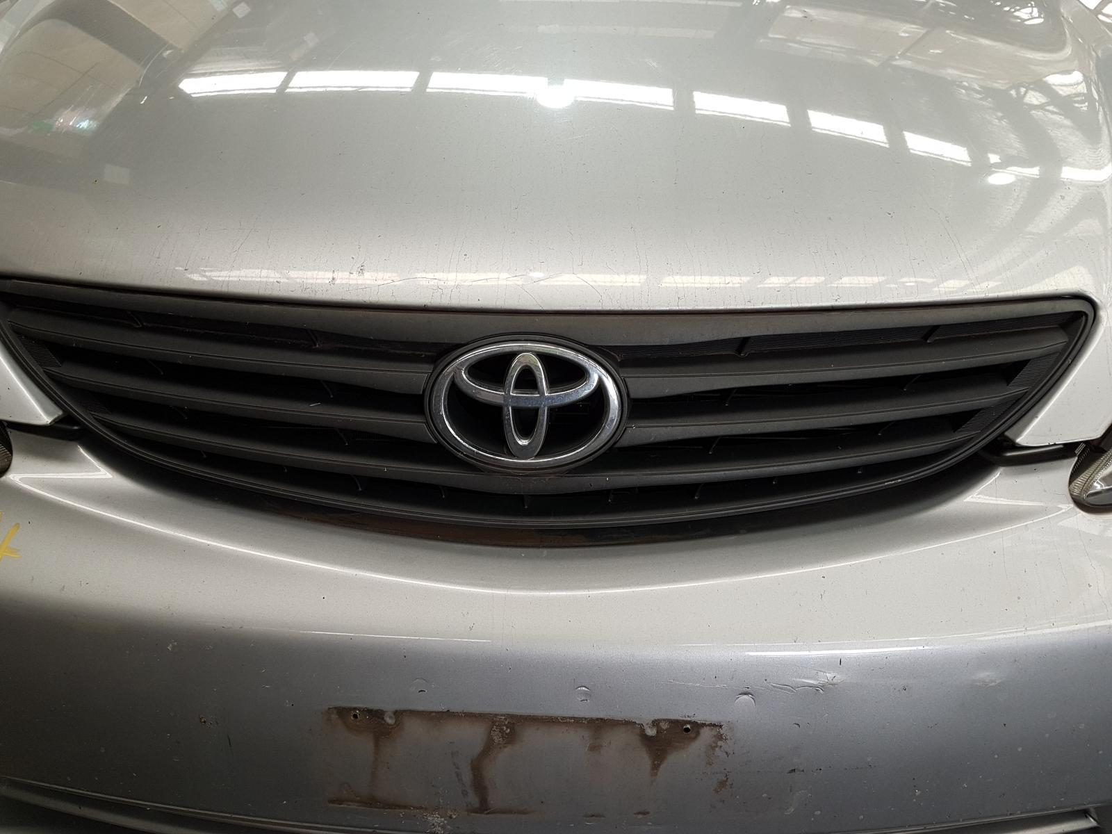 View Auto part Grille Toyota Camry 2005
