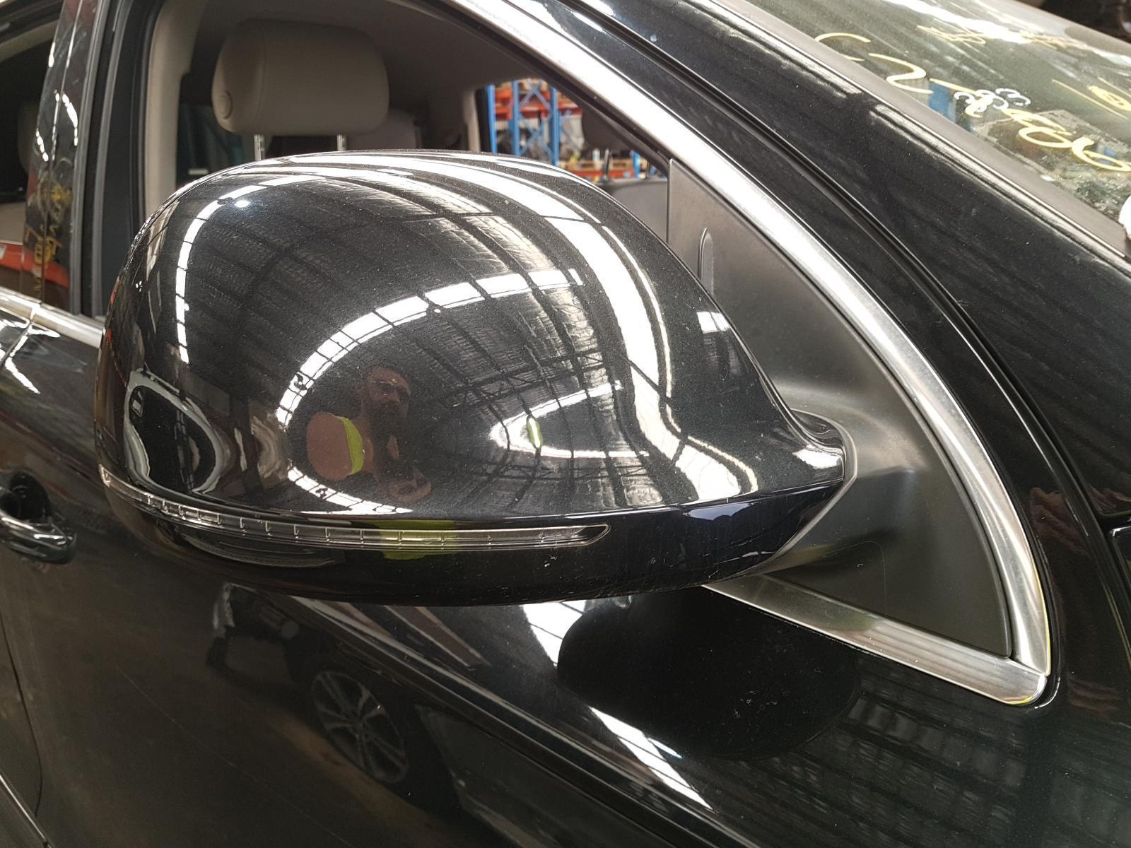 View Auto part Right Door Mirror Audi Q7 2008
