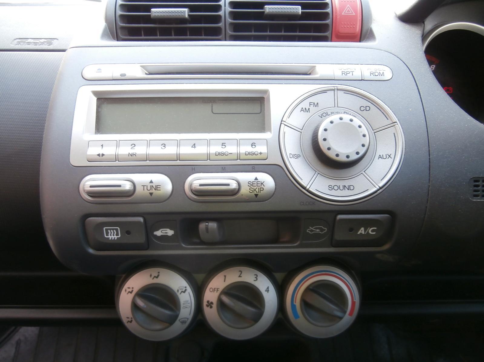 View Auto part Bonnet Lock/Support Honda Jazz 2006