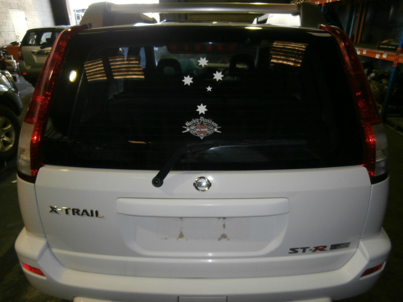 View Auto part Radio/Cd/Dvd/Sat/Tv Nissan Xtrail 2003
