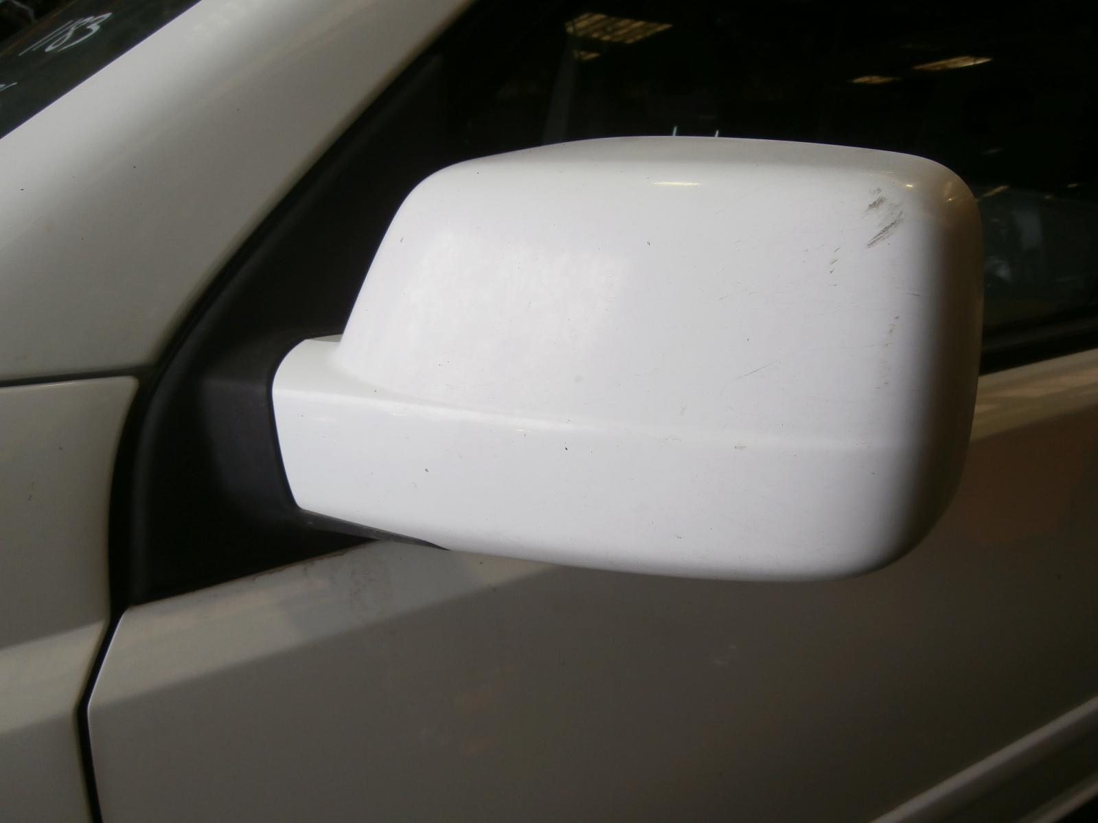 View Auto part Radio/Cd/Dvd/Sat/Tv Nissan Xtrail 2001