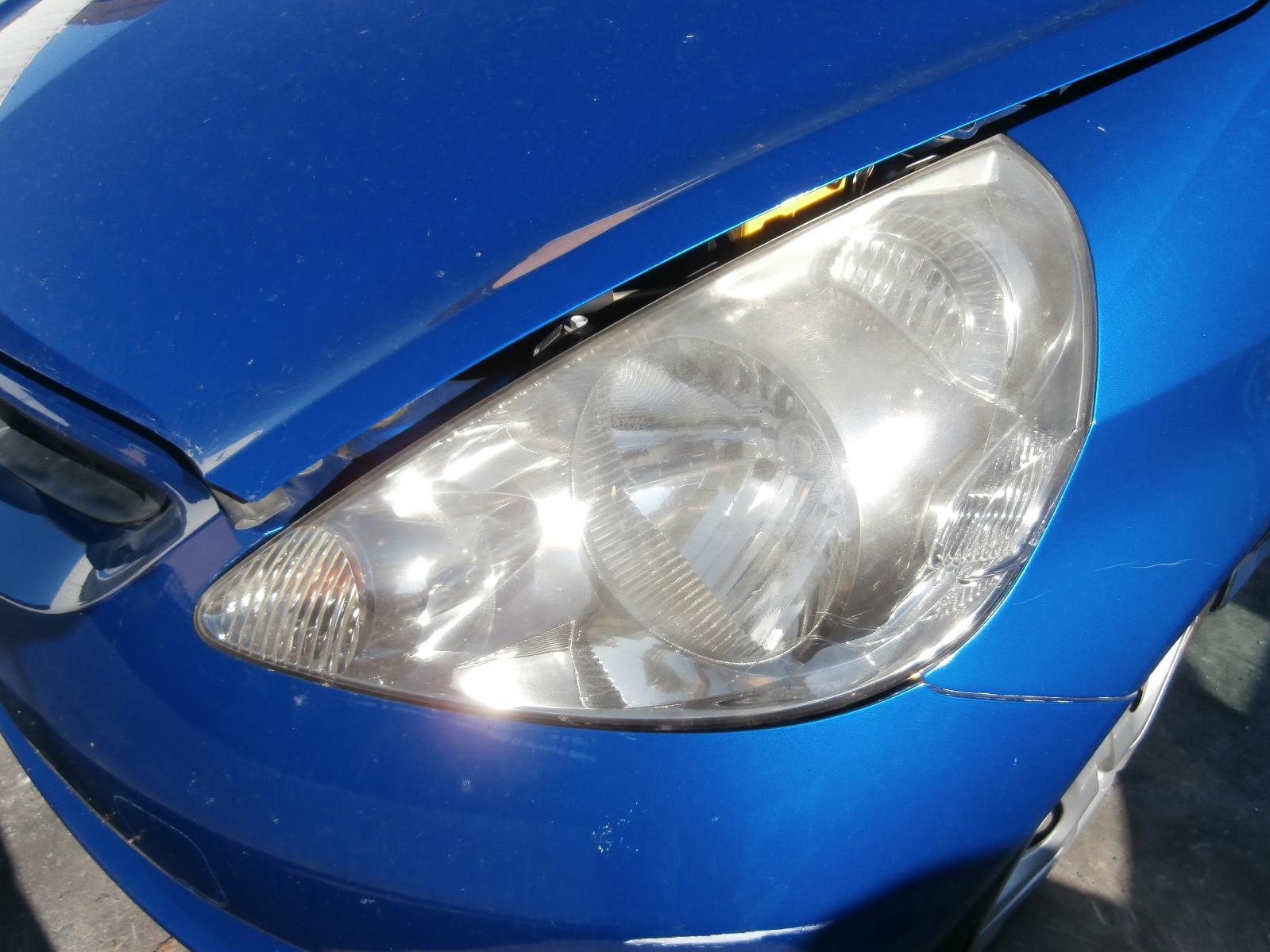 View Auto part Bonnet Hinge/Strut Honda Jazz 2003