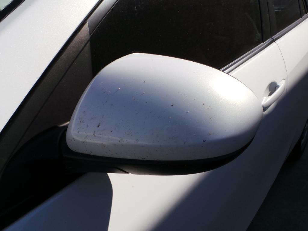 View Auto part Grille Mazda 3 2010