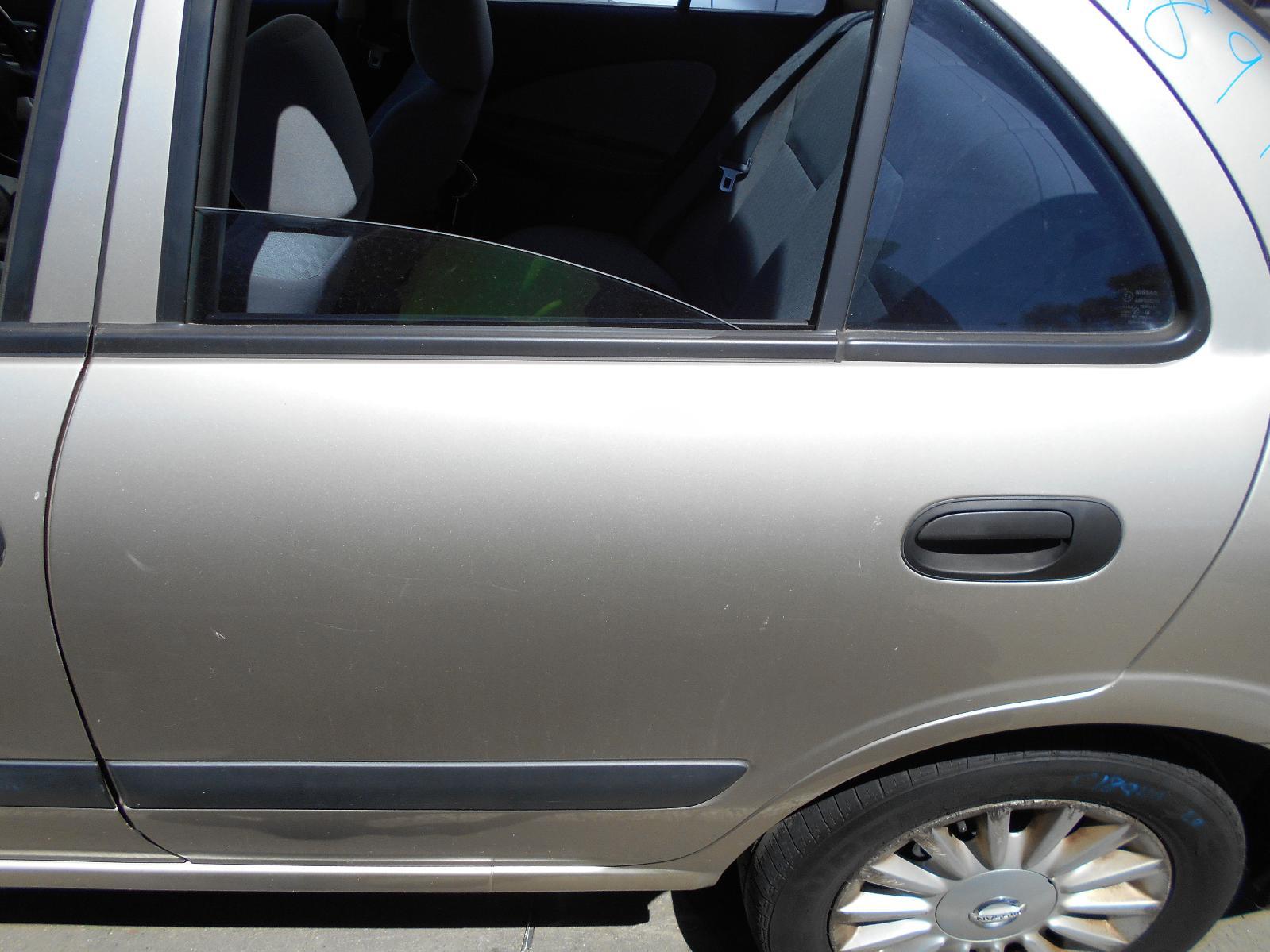 View Auto part Left Front Door Window Nissan Pulsar 2004