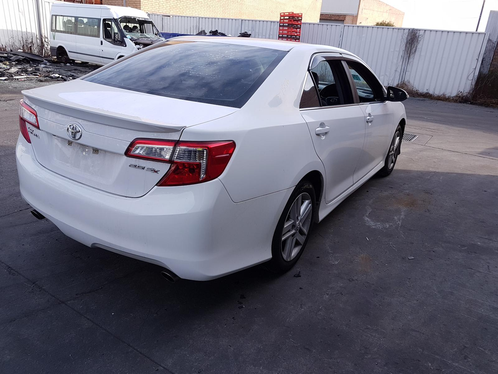View Auto part Engine Toyota Camry 2013