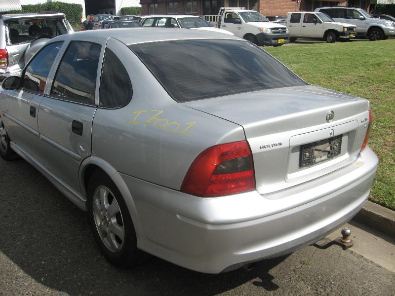 View Auto part Left Rear Door Window Holden Vectra 2002