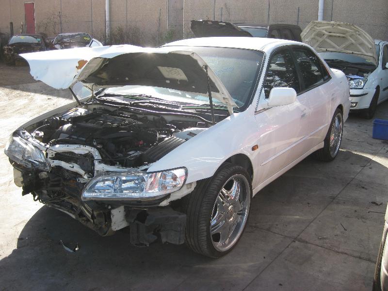 View Auto part Air Cleaner/Box Honda Accord 1999