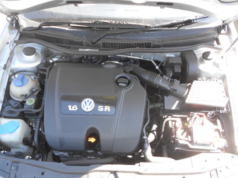 View Auto part Bonnet Hinge/Strut Volkswagen Golf 2002