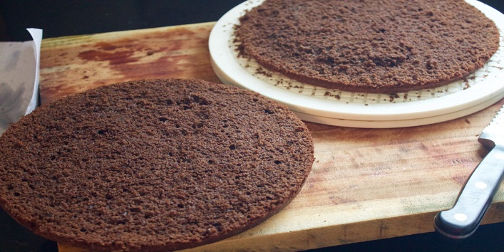 Eggless Chocolate Cake10
