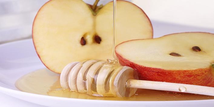 apple paste for fuller cheeks