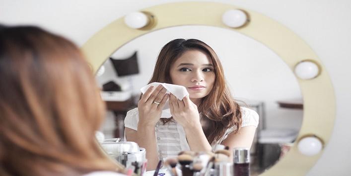 Remove Makeup1