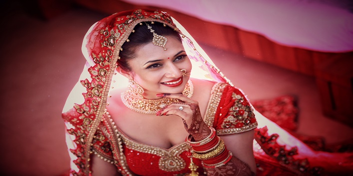 7 Things To Keep In Mind Before Taking The Bridal Makeup Package