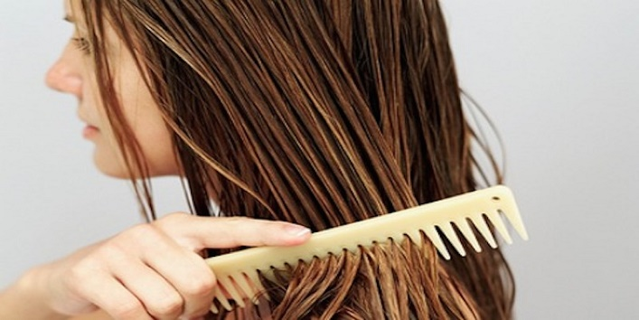 natural-hacks-to-get-silky-straight-hair6