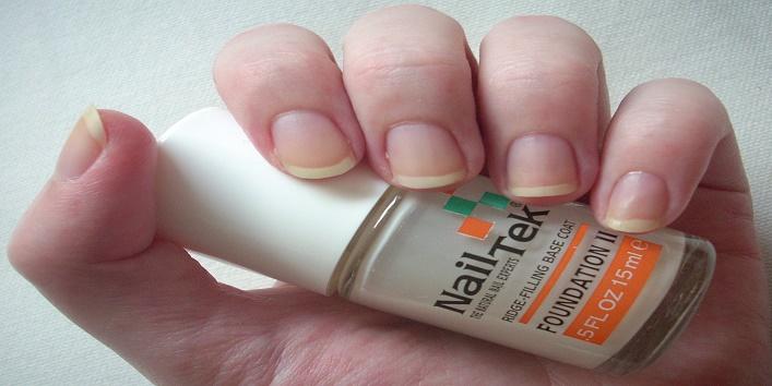 nail-paint-last-longer-5