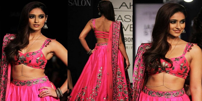 bridal-lehenga-wheatish-color