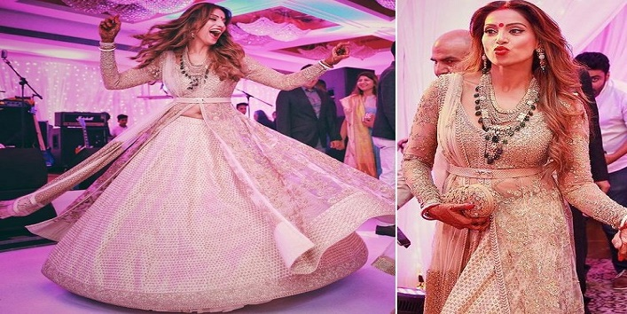 bridal-lehenga-according-to-your-skin-tone1