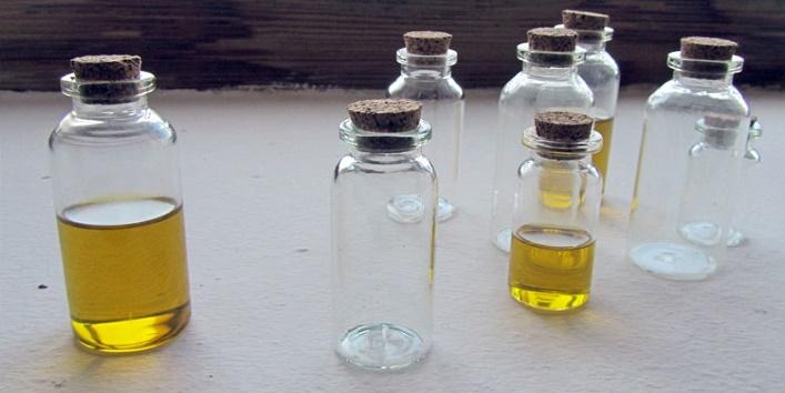 Castor Oil for Knee Pain5