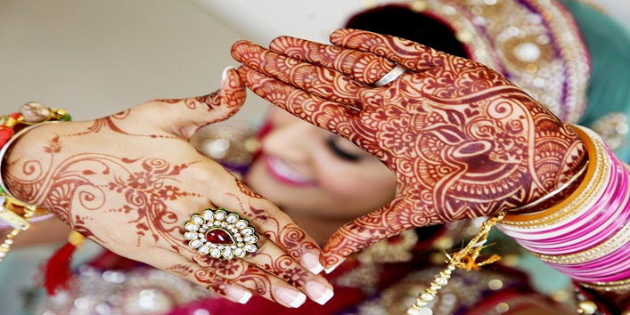 Personalise Your Bridal Mehendi Design In These 5 Ways