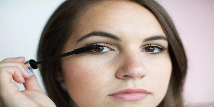 Plump-your-eyelashes