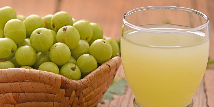 Amla juice to boost hair growth