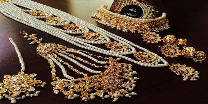 6-Wedding-Jewelry-Shopping-Tips-for-Budget-Savvy-Brides-5