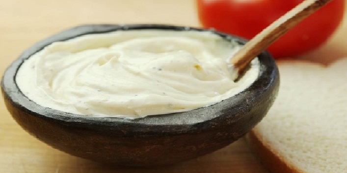 Mayonnaise for treating scalp