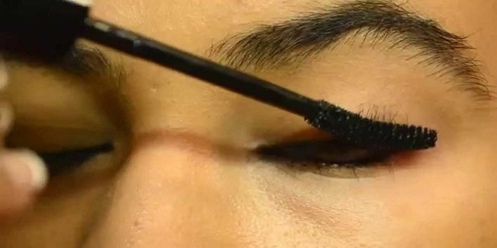Liner and mascara