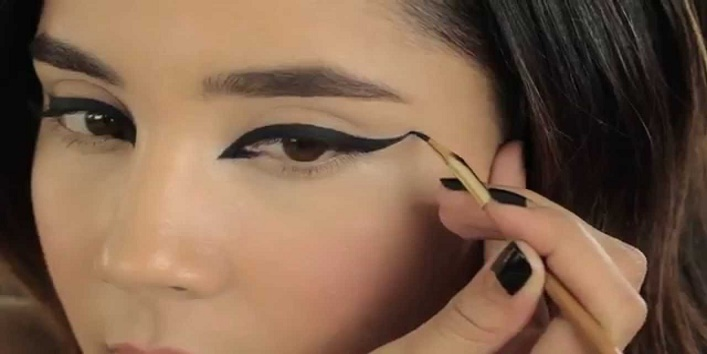 Opt for waterproof liquid liner