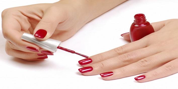 Apply nail paint