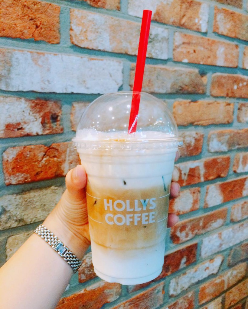 hollys coffee 3