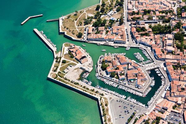 Port de St Martin de Ré