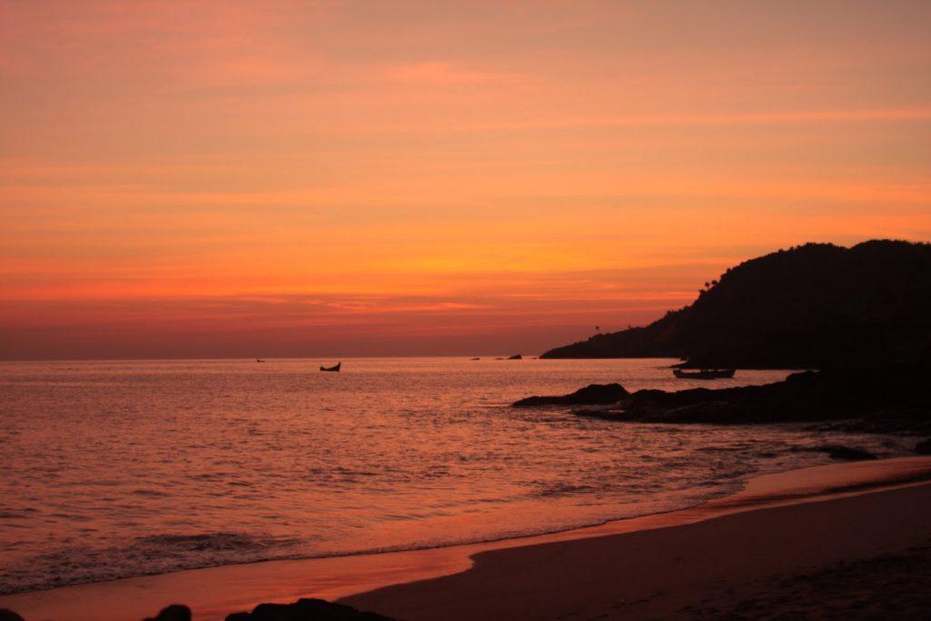 Beach-Gokarna-Kesari-Tours