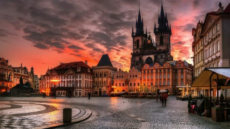 Old Town Square | things to do in prague with kesari tours