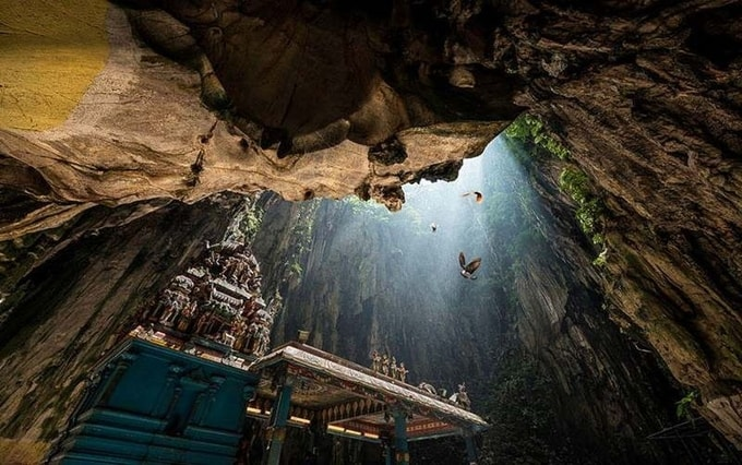 Kesari-Tours-Cathedral-Caves1