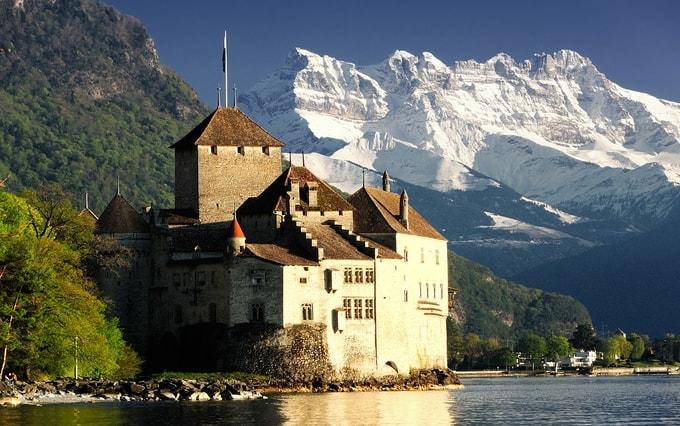 Chateau de Chillon, Montreux | Places to visit in Switzerland