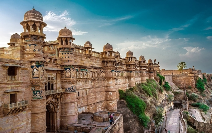 gwalior-fort-kesari-tours