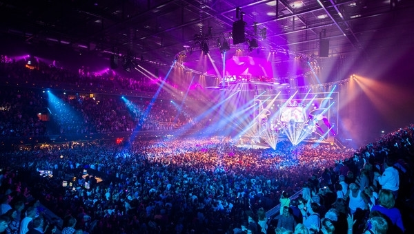 arenas-for-stadium-concerts-in-amsterdam-kesari-tours1