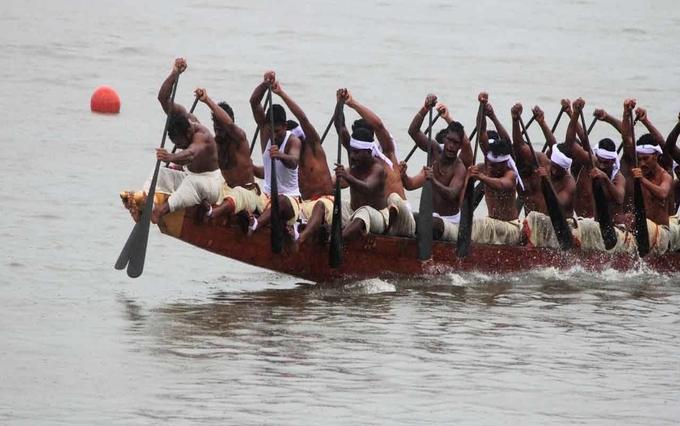 Champakkulam moolam boat race