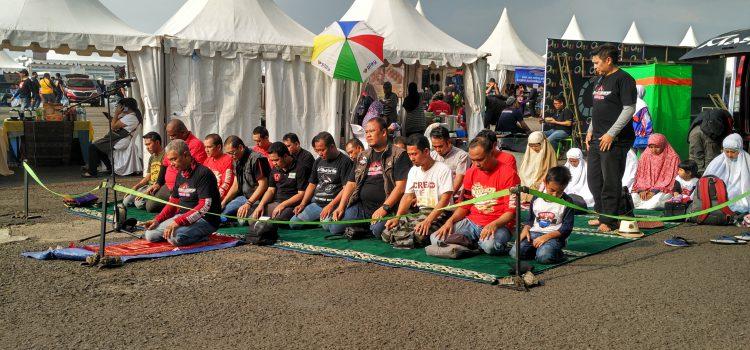 Mobile Masjid Bersama Komunitas N-Max Bandung