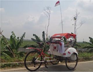 Bule gila menarik becak dari Aceh ke Jakarta