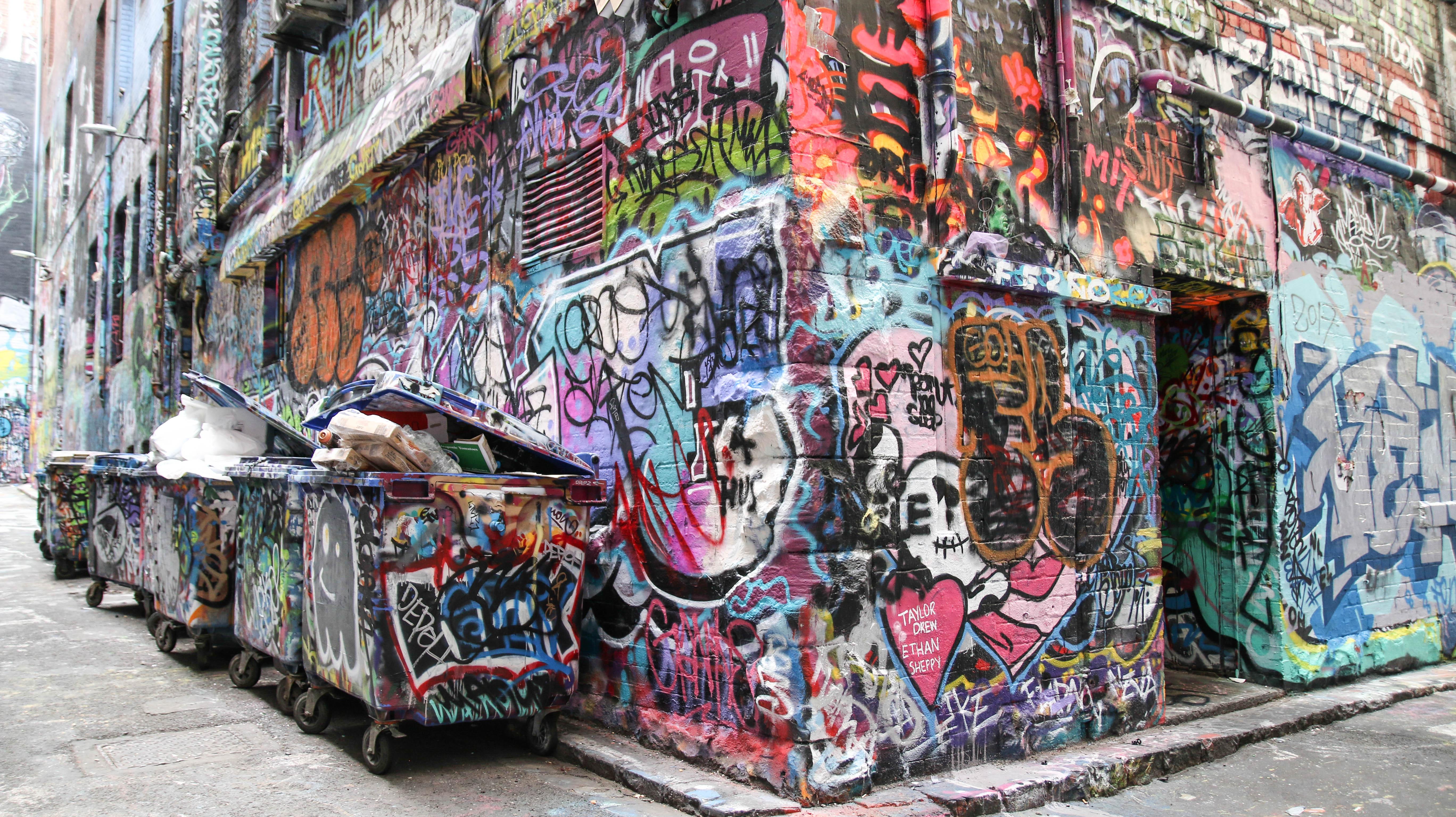 Hosier Lane Graffiti Rubbish Bins - JamesWatling KiwiPassport.com